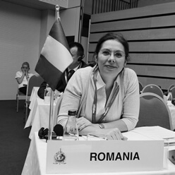 Lacramioara Petrescu